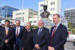 ANA presenta busto conmemorativo del Piloto Pardo