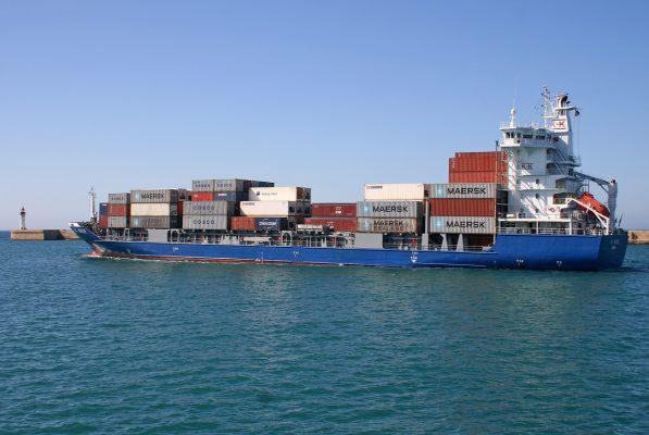 España: Puerto de Almería iniciará operación de nuevo servicio de Maersk