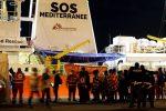 Gobierno italiano cierra sus puertos para desembarco de más de 600 inmigrantes