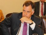 """Presidente de EPV asegura que Alcalde Sharp no está """"comprometido"""" con el desarrollo de Valparaíso"""