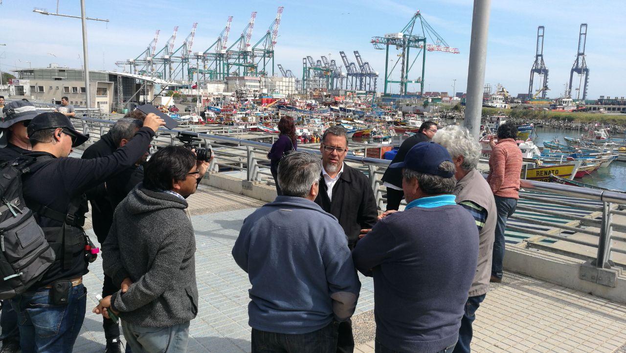 Senador Lagos pide conocer razones de fondo por cierre de Maersk en San Antonio