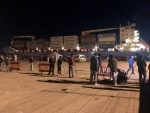 Italia abre sus puertos y permite desembarcar a 113 refugiados del Alexander Maersk