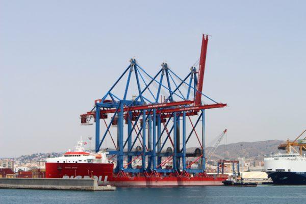 España: Noatum Terminal Málaga recibe tres nuevas grúas Over Super Post Panamax