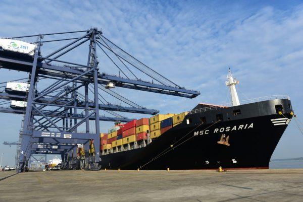 Vietnam: Terminal SSIT atiende a su primer buque portacontenedores