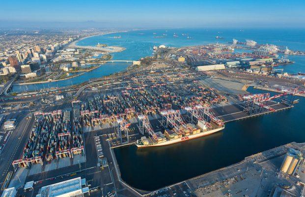 """Puerto de Long Beach entrega USD1,3 millones a programas comunitarios """"verdes"""""""