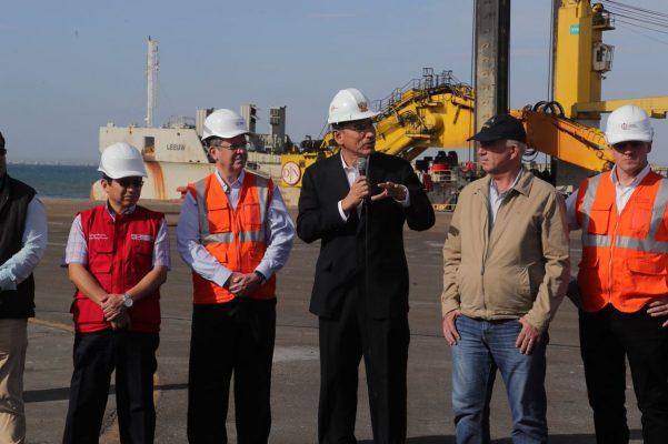 Inician dragado en Terminal Portuario General San Martín con presencia del presidente peruano