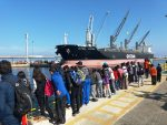 Escolares argentinos visitan concesionario ATI del Puerto de Antofagasta