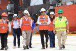 Honduras: Presidente Juan Orlando Hernández recibe nuevas grúas en Puerto Cortés