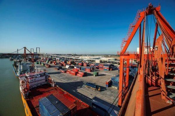Puerto de Sevilla modernizará negocio portuario con su nuevo plan estratégico