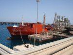 Ejército libio devuelve puertos petroleros a Corporación Nacional