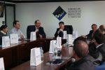 Ecuador: Yilport presenta los atributos de Puerto Bolívar al sector productivo de Azuay