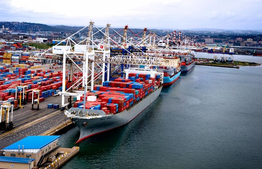 Sudáfrica: Invertirán 468 USD millones para aumentar el calado del Puerto de Durban