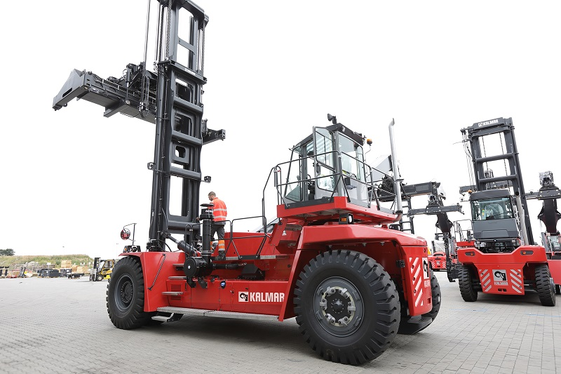 Canadá: Kalmar cierra acuerdo para dotar de equipos a Global Container Terminals