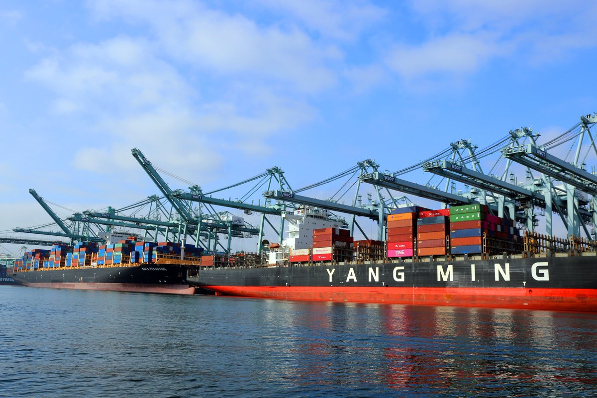 Estados Unidos: Movimiento de carga del Puerto de Los Ángeles desciende 2,5%