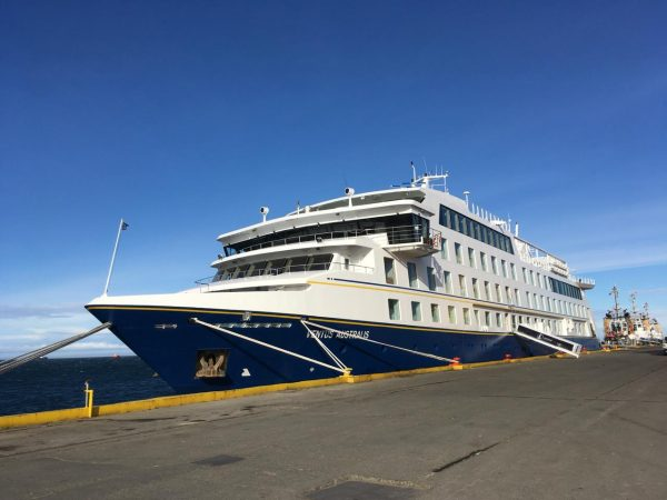 EPAustral abrirá la temporada de cruceros regionales con recalada del Ventus Australis