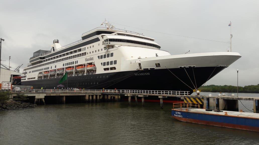 Maasdam de Holland America abre temporada de cruceros en Contecon Guayaquil