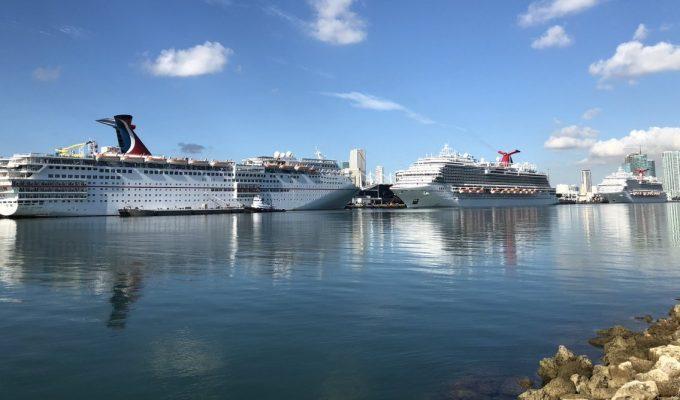 Carnival Horizon realiza escala inaugural en Miami acompañado de otros dos buques de la flota Carnival