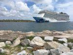 Norwegian Escape arriba por primera vez al Puerto Cañaveral para evitar al huracán Florence