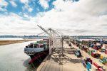 Puerto de Oakland rompe su récord de TEUs importados durante noviembre
