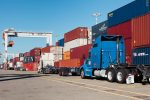 Puerto de Oakland registra récord en manejo de contenedores durante agosto