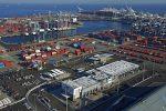 Puerto de Long Beach cierra su año fiscal con 8 millones de TEUs transferidos