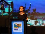 """Gloria Hutt: """"Terminal 2 y el PGE son claves para el comercio exterior chileno"""""""