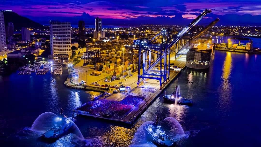 Colombia: Largada media maratón del mar en Grupo Puerto Cartagena