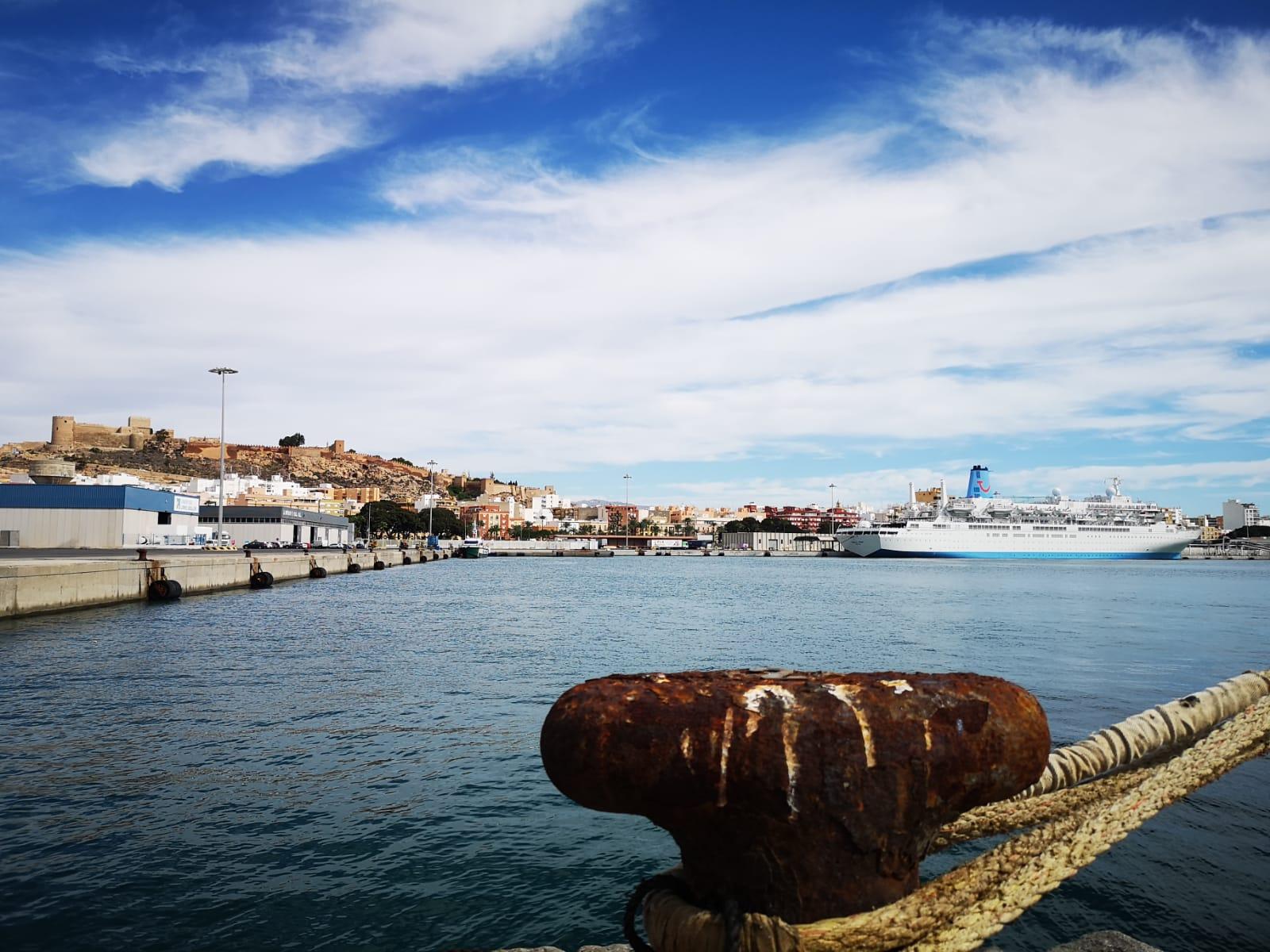 España: Crucero Marella Spirit arriba al Puerto de Almería tras cancelar escala en Portugal