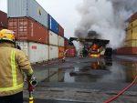Nueva Zelanda: Reach Stacker se incendia al interior del Puerto de Auckland