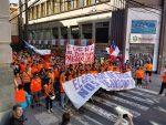 Galería: Marcha de los portuarios movilizados en Valparaíso