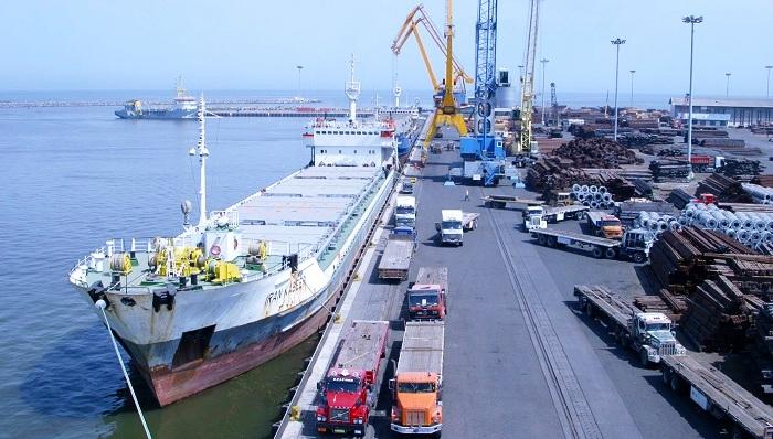India suministrará cuatro grúas móviles a puerto en Irán