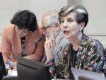 """Senadora Allende pide al gobierno """"asumir su rol de garante"""" en el acuerdo que puso fin al paro portuario de Valparaíso"""