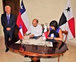 Chile y Panamá firman Declaración de Intención para establecer ruta de cruceros del Pacífico Sur