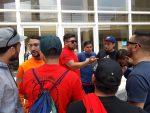 Trabajadores de Puerto Ventanas se reúnen con eventuales de Valparaíso para brindar su apoyo durante movilización