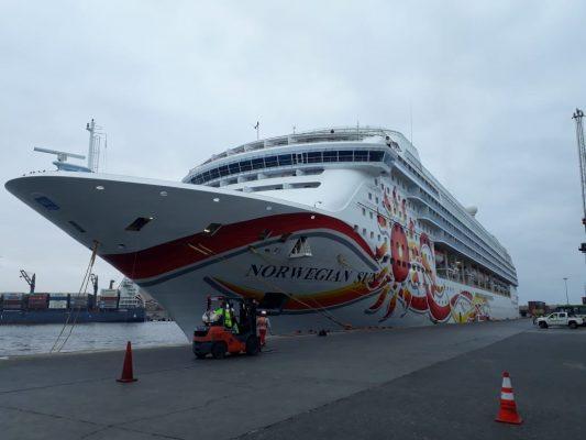 Norwegian Sun arranca su última temporada en puertos chilenos con escala en Arica