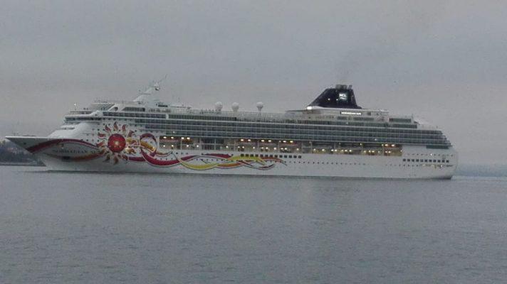 Norwegian Sun continúa su paso por Chile con parada en Puerto Montt
