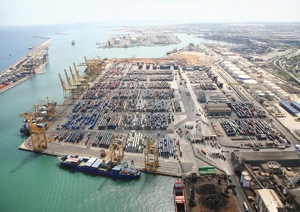 Volumen de carga del Puerto de Barcelona disminuye 7% en enero