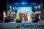 """Voz masculina gana festival """"Al Ritmo de las Olas"""" en Puerto Coronel"""