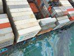 Portacontenedores de Maersk derrama petróleo mientras cargaba combustible en Hong Kong
