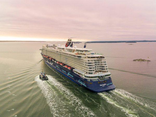 TUI Cruises recibe oficialmente al nuevo Mein Schiff 2
