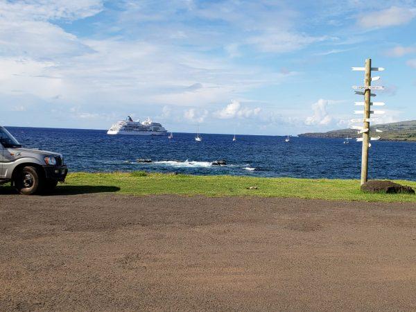 crucero ms europa realiza parada en isla de pascua. Black Bedroom Furniture Sets. Home Design Ideas