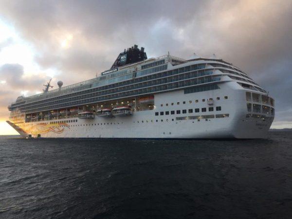 Puerto Montt atiende segunda escala del Norwegian Sun en la temporada
