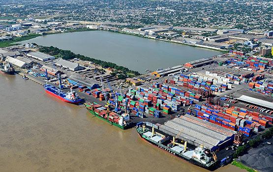 Movilizan 200 mil toneladas de carga en la zona portuaria de Barranquilla en un solo día