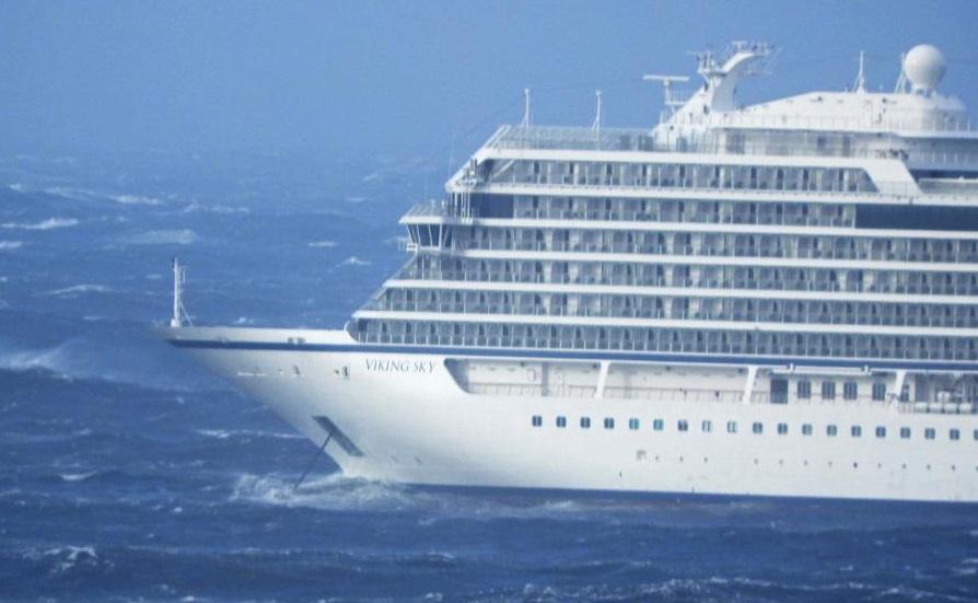 Falla en motores de crucero obliga a evacuar a 1.300 pasajeros — Noruega