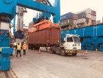 Puerto Coronel y SVTI se adaptan para operar nuevas grúas STS eléctricas
