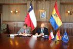 Aduanas y Universidad Técnica Federico Santa María implementan convenio para mejorar gestión