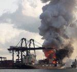 Video: Contenedor explosiona sobre buque en Puerto de Laem Chabang de Tailandia
