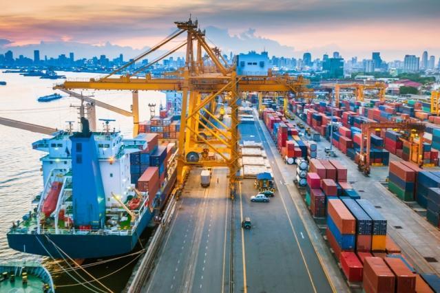 Puertos de Azerbaiyán aumentan movimiento de carga en entre enero y agosto