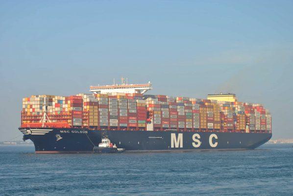 Buque portacontenedores más grande del mundo arriba al Puerto de Algeciras