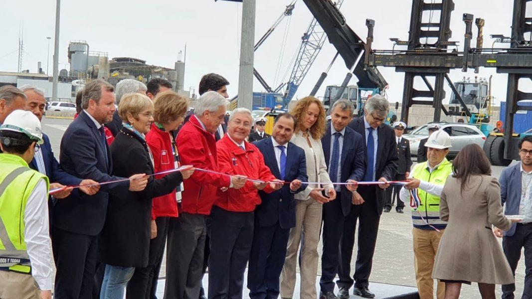 Galería: Piñera corta cinta en inauguración de segunda fase de reconstrucción en Puerto de Iquique